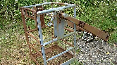 Telsta T-40C  Basket and Fork Arms
