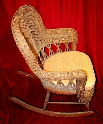 Vintage Heywood Wakefield Wicker Rocker with Peach Cushion