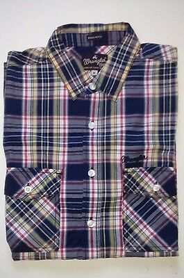 Wrangler Shirt Size Youth M/16 Short Sleeve like new condition