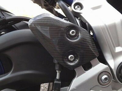 Yamaha MT07 / Tracer 700 / FZ07 2014 + Real Carbon Fibre Heel Plates by Pyramid