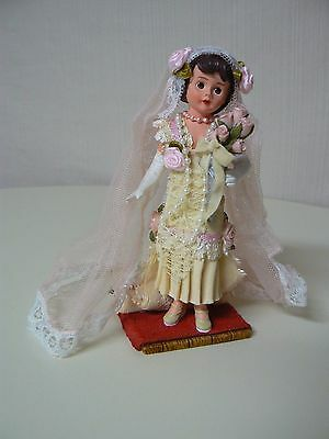 Madame Alexander ROARING 20'S BRIDE Figurine New #90430 Resin with Fabric Veil