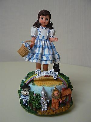Madame Alexander DOROTHY MUSICAL Figurine New #90360 We're Off to See the Wizard