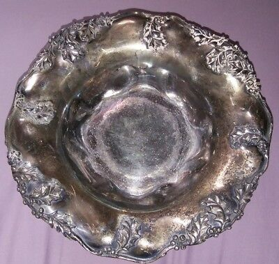 Antique Forbes Silver Co.  Ca.1900  Pedestal Bowl Holly and Berries  QUAD SILVER
