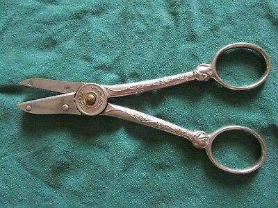 VINTAGE CLAUSS GARDEN CLUB Rose and Flower holding SHEARS Snips Fremont,O USA