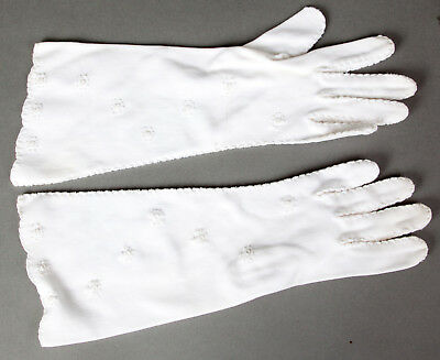Vintage 50s/60s Embroidered Ladies/Women Cotton Gloves 3/4 Length Scalloped Edge