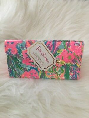 """NWT LILLY PULITZER COLLAPSIBLE SUNGLASS CASE """"Fan Sea Pants"""" GOLD INSIDE"""