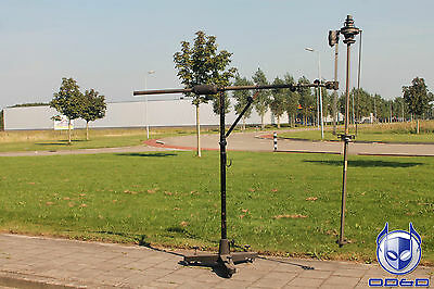Electro Voice 643 Cardiline Dynamic Cardioid Microphone With Heavy Duty Stand