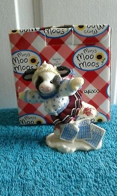 1998 Enesco mary's Moo Moos figurine new in box.
