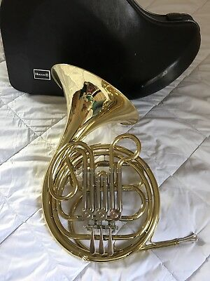 Holton H602 Single French Horn w/ Holton Mouthpiece & Case! Excellent Condition!