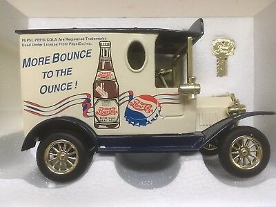 Golden Wheel Pepsi:cola 1:24 Diecast 1925 Ford Model T Coin Bank Toy Car Collect