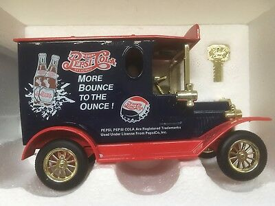 Golden Wheel 1:43 Diecast 1925 Ford Model T Delivery Truck Blue Coin Bank Car