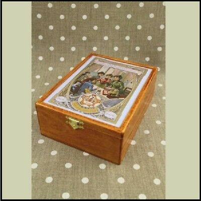 "SAJOU Wooden storage box for thread cards ""Ladies Sewing Club"""