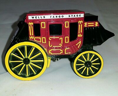 Wells Fargo Stage Coin Bank *NEW* Vintage Diecast 1998 with Key and Box