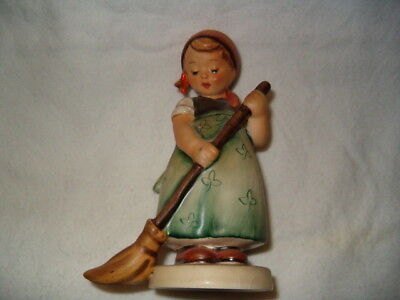Estate Vintage Collectible Hummel Goebel Figurine Little Sweeper 171