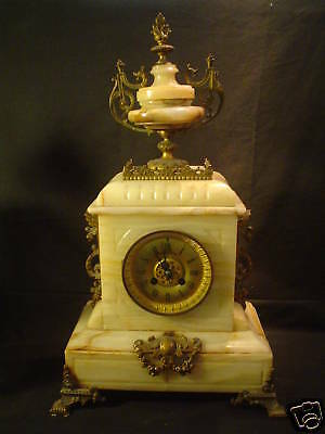 19th C. ANTIQUE FRENCH MARBLE & BRONZE MANTLE CLOCK