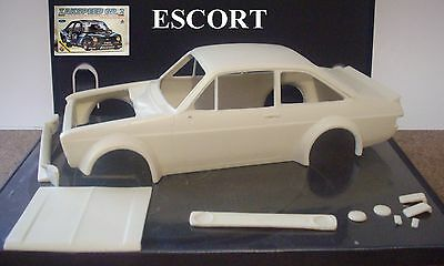 Resin  Ford  Escort  Rs 1800 Body 1/24 1/25  Scale