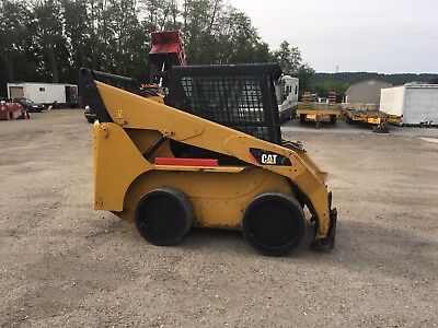 Cat 236B3 Skid Steer Loader!
