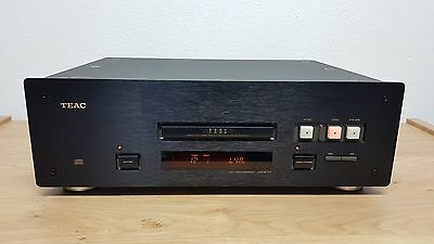 TEAC VRDS-T1 Black High-End Compact disc Transport *RARE*
