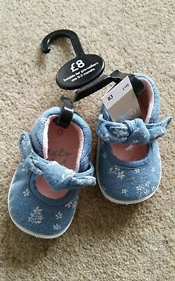 baby girls next shoes 0-3 months size 0 BNWT