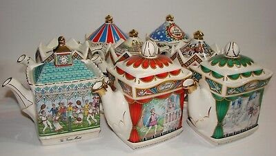 Selection of Vintage Sadler Collectable Teapots & More