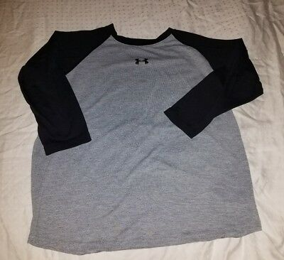 Youth Large Under Armour Soft 3/4 Sleeve T-Shirt Black and Grey