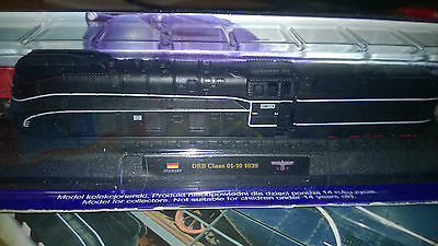 DRB CLASS 01.10 Nscale Model Locomotives of the World issue 15