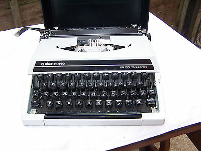 Vintage Portable Typewriter Silver Reed Sr100 Tabulator