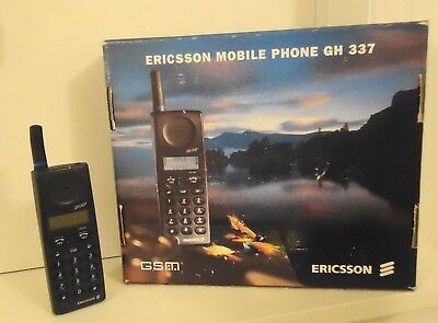 Rare Vintage Ericsson GH337 Mobile Phone, Charger & 2 Spare Batteries.
