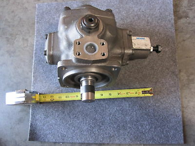 New Vickers Piston Pump Vvs2-32-Rf-Rm-30-D-Cw-10 # 02-359864