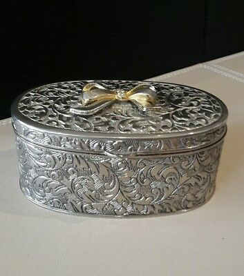 Vintage trinket box oval silver plated gold bow red velvet lining 4,5 x 2 ""