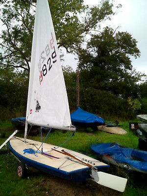 Laser dinghy with light weight trolley - Good condition, nearly new radial sail