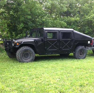 Titled AM General Slant Back Humvee/Hummer/H1 w/Winch