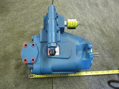 New Eaton Vickers Piston Pump # 421Ak-00818B