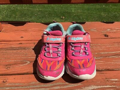 Skechers NWT girls size 9 S-Lights Pink Lumos light up children/youth