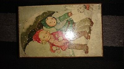 Vintage wind-up music box . A Fine Romance parade of the Wooden Soldiers