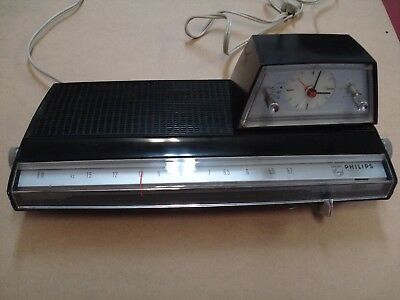 vintage philips 22RS274/42R space age ufo radio alarm clock 117 volts 60 hz