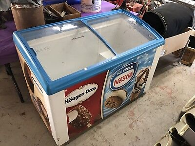 "Commercial 45"" Novelty Glass Curve Top  Ice Cream Freezer Chest"