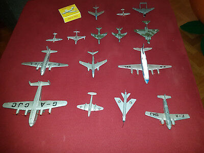 15 alte Dinky Metall Flugzeugmodelle! Made in England und France!