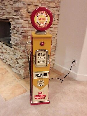 """42"""" Shell Route US 66 Gas Pump Cabinet with light. Man Cave/Gameroom Decor."""