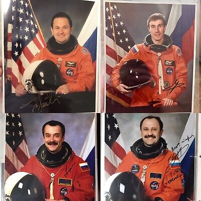 4 Hand Signed Cosmonauts In Shuttle Suits Usachev Krikalev Tyurin Titov 8x10