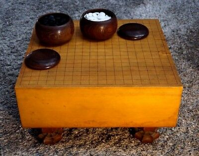 Beautiful Antique Japanese Go Table And Game Pieces