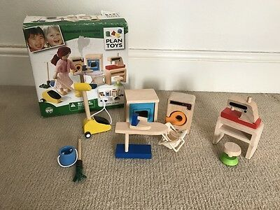 PLAN TOYS Wooden Household Accessories