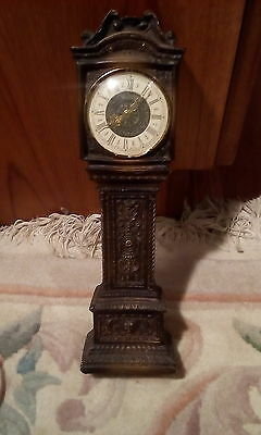 PAICO VINTAGE TABLE CLOCK in the shape of a grandfather clock very detailed