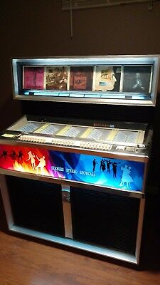 Seeburg SS160 Showcase Original 1966 Jukebox