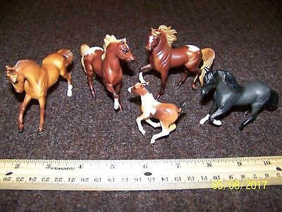 """(5) Breyer Reeves Toy Horse Lot Stallions, Mare & Filly 3"""" size"""