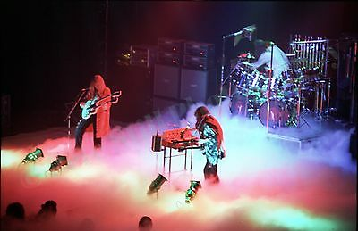 RUSH in concert Hammersmith 1978! 30 PHOTOS! 'A Farewell to Kings' tour! not cd