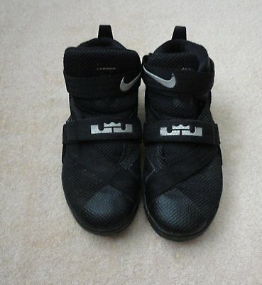 Lebron James NIKE Black Silver YOUTH Basketball Shoes Size 1 Y