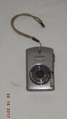 Canon Powershot SD500 7.1MP Digital Elph Camera with 3x Optical Zoom (w/Charger)