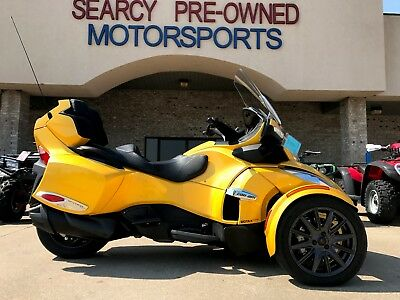 2013 Can-Am Spyder RT-S SE5  2013 CanAm Spyder RTS SE5 Yellow Only 7540 miles