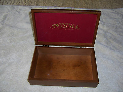CollectableTwinings of London Wooden Box for dispensing Teas